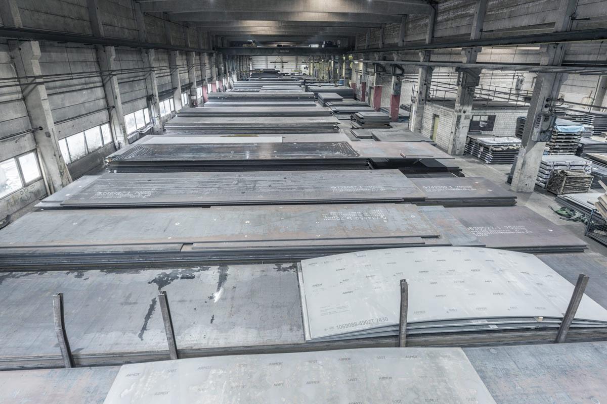 großes Lager für Stahlbleche